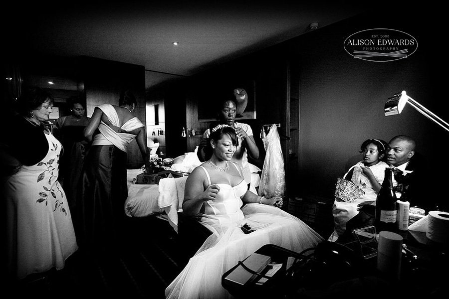 """Bride getting ready – """"Hey, remember this?"""""""