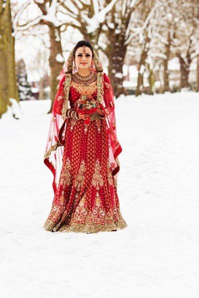 asian bride in snow