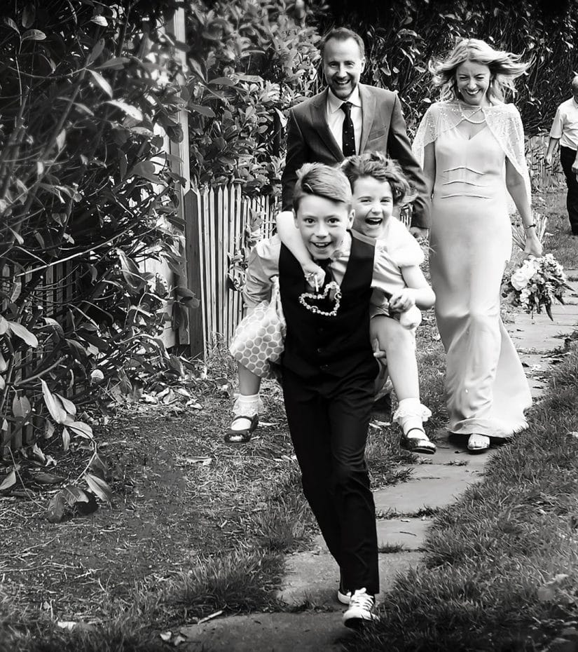wedding party - choose the perfect wedding photographer