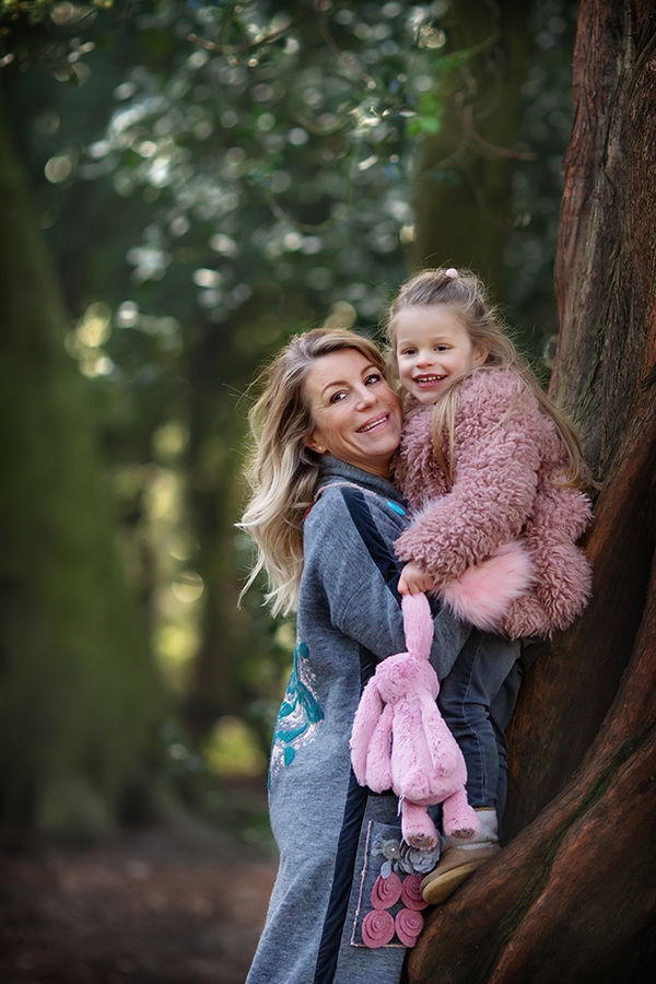 family photography nottingham mum and daughter at park